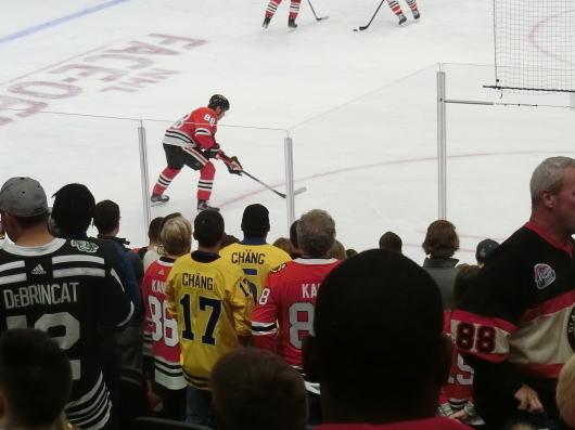 NHL観戦 ☆ CHICAGO Blackwawks 公開練習_e0303431_17535750.jpg