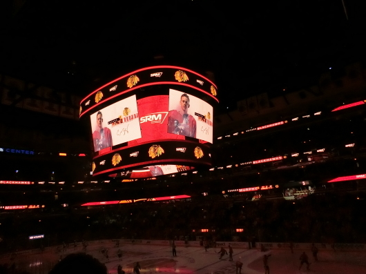 NHL観戦 ☆ ブラックホークス_e0303431_19295428.jpg
