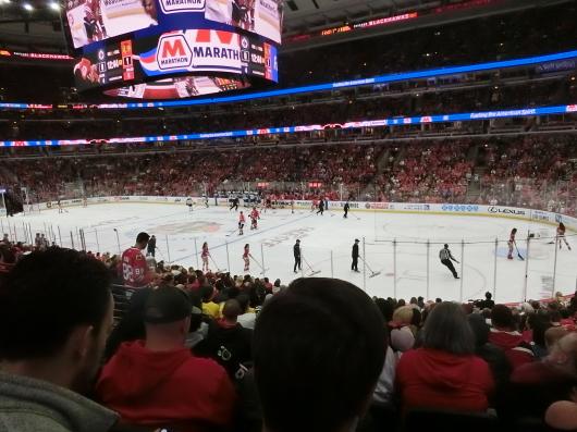 NHL観戦 ☆ ブラックホークス_e0303431_19421170.jpg