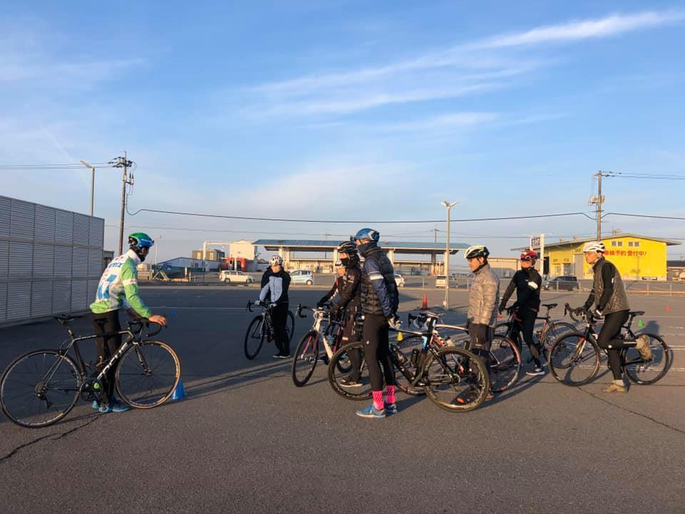 プロから学ぶ 安全なロードバイクの楽しみ方 _d0338933_14314102.jpg