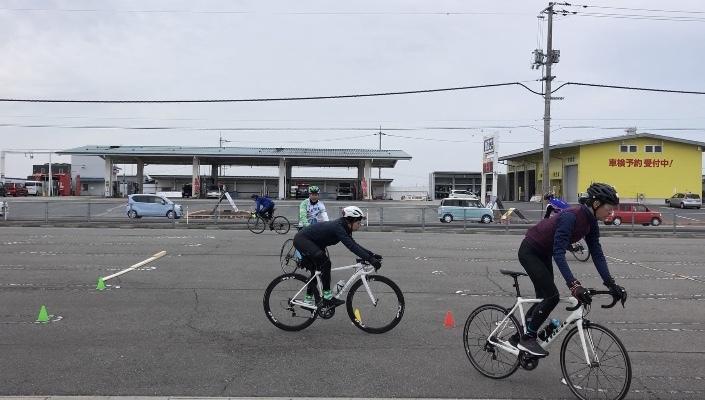 プロから学ぶ 安全なロードバイクの楽しみ方 _d0338933_14442290.jpg