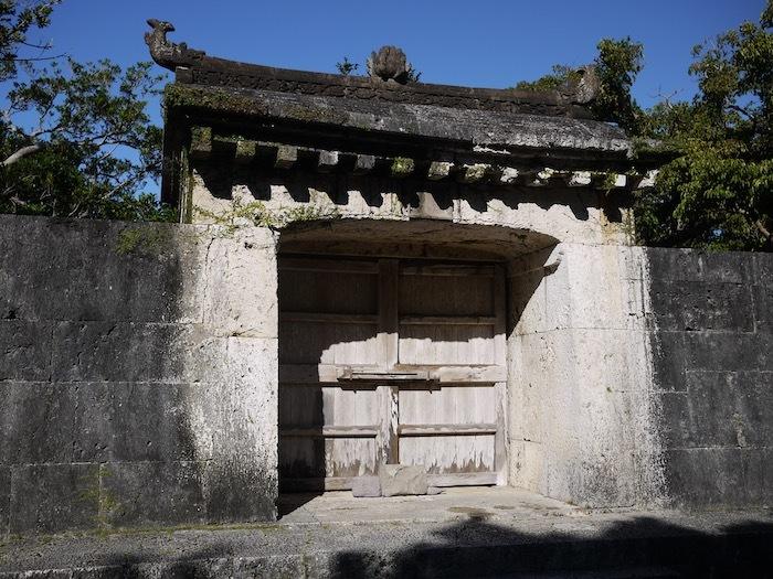 沖縄冬至越えの旅9 火災後の首里城へ_e0359436_10252021.jpeg