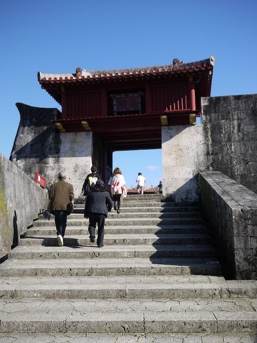 沖縄冬至越えの旅9 火災後の首里城へ_e0359436_10370439.jpeg