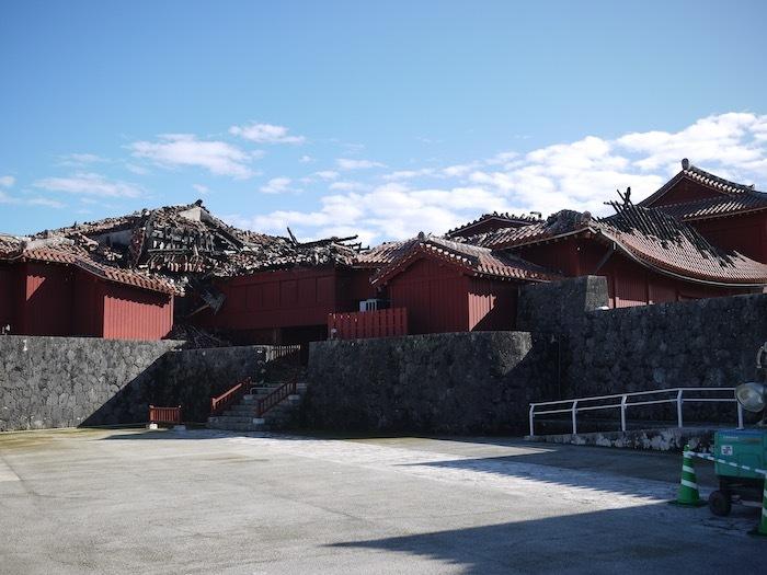 沖縄冬至越えの旅9 火災後の首里城へ_e0359436_10370995.jpeg