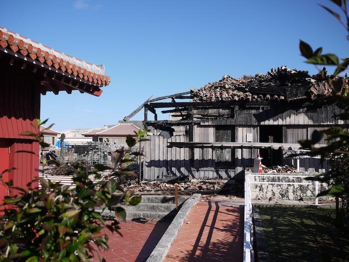 沖縄冬至越えの旅9 火災後の首里城へ_e0359436_10411487.jpeg
