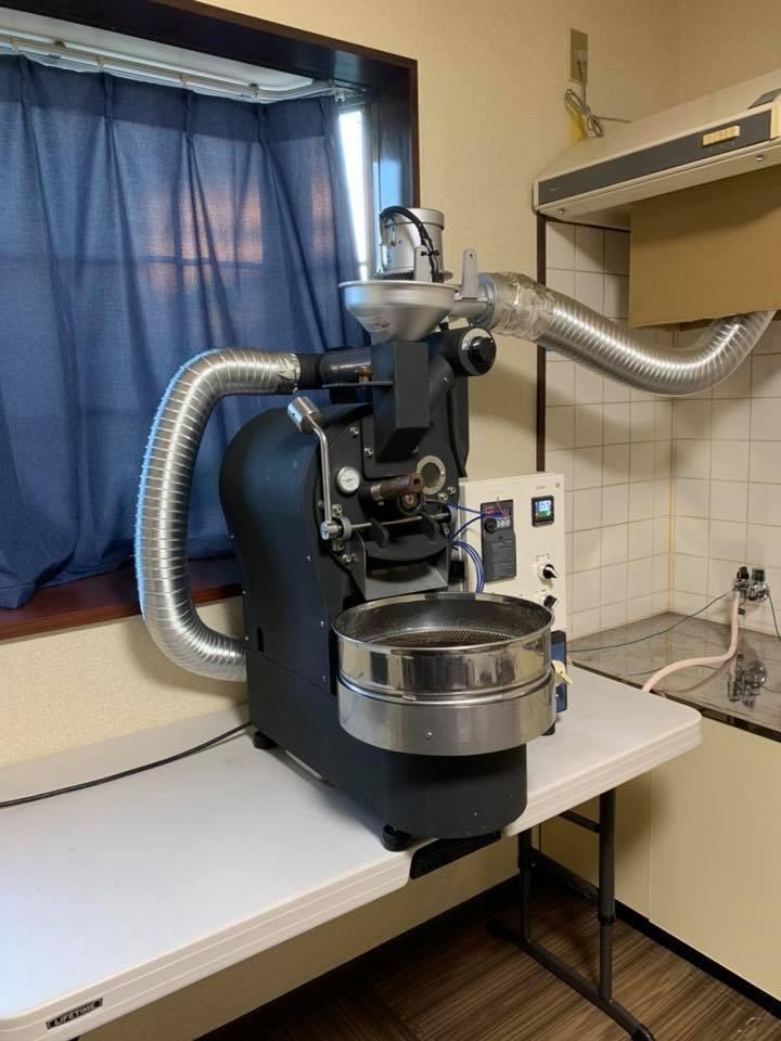 昨年の11月と12月は焙煎機と排煙処理装置の設置ラッシュでした。_c0020639_12510752.jpeg