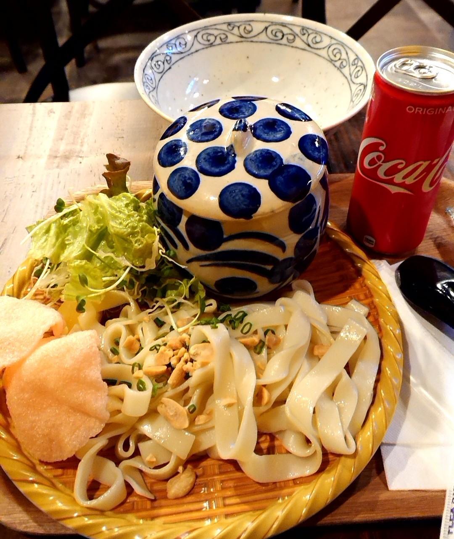 浅草でベトナム麺料理_a0098948_15174950.jpg