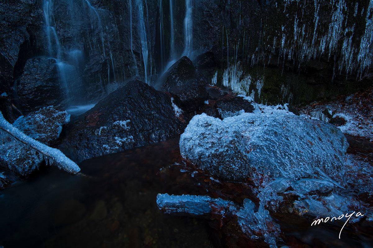 厳冬の滝_c0085877_06332649.jpg