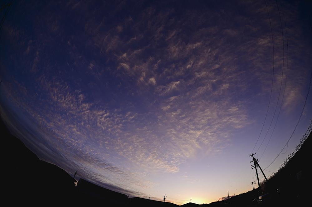 うろこ雲_d0265224_22285405.jpg