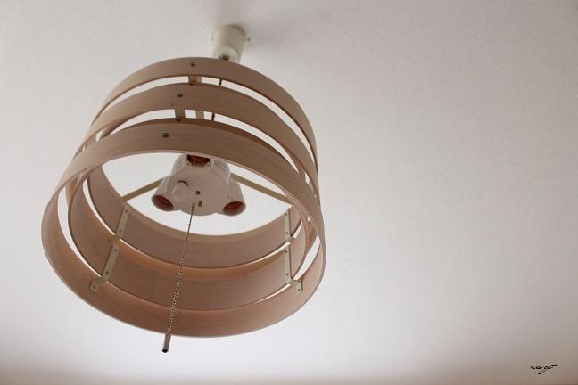 北欧風な木目調のおしゃれな照明で寝室の模様替え♪_f0023333_13592848.jpg