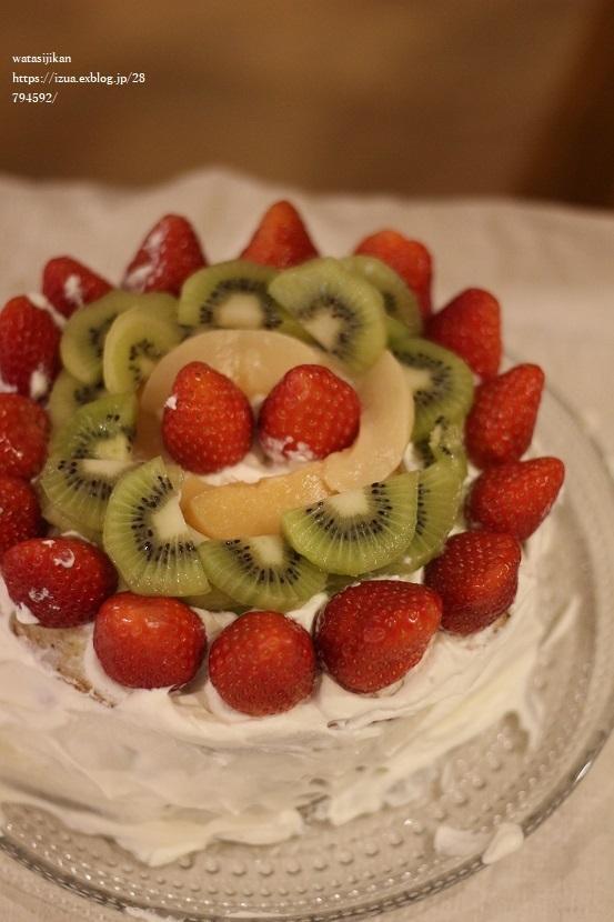 娘が作る、誕生日ケーキ!_e0214646_23253874.jpg