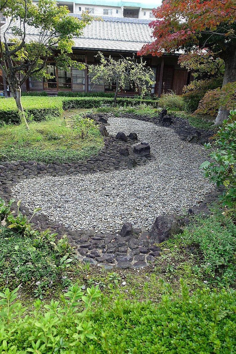 普門寺 方丈西庭「心字の庭」_c0112559_10081383.jpg
