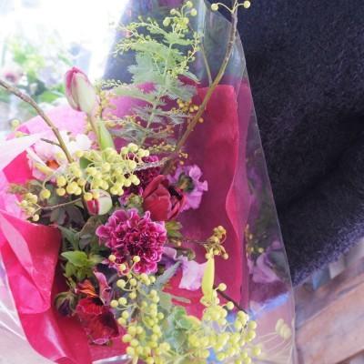 オークリーフ花の教室(大野さんと甲斐さんの作品)_f0049672_19194118.jpg