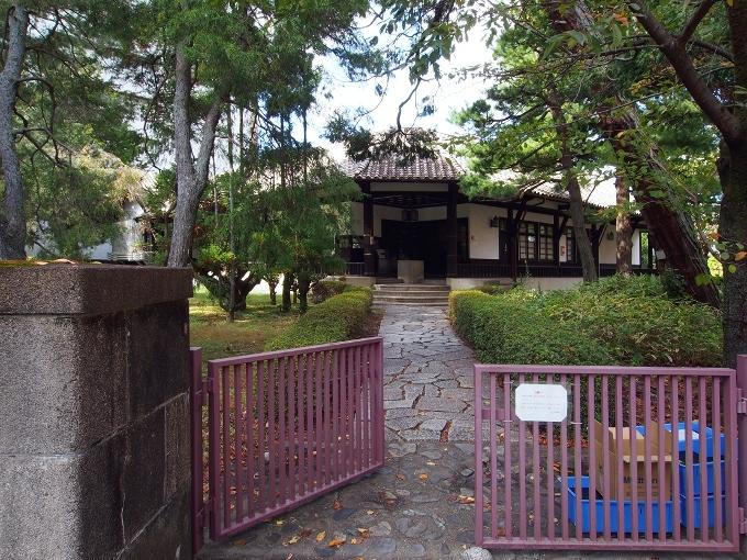 京都大学旧演習林事務室_f0116479_23005420.jpg