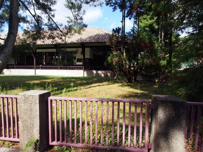 京都大学旧演習林事務室_f0116479_23222104.jpg