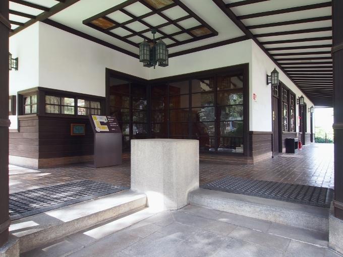 京都大学旧演習林事務室_f0116479_23272958.jpg