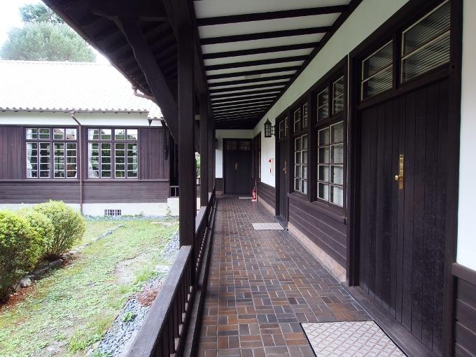 京都大学旧演習林事務室_f0116479_23291951.jpg