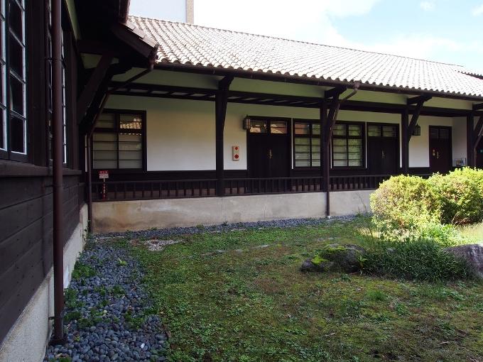 京都大学旧演習林事務室_f0116479_23334693.jpg