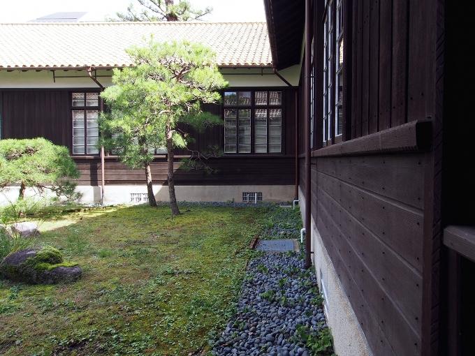 京都大学旧演習林事務室_f0116479_23342893.jpg