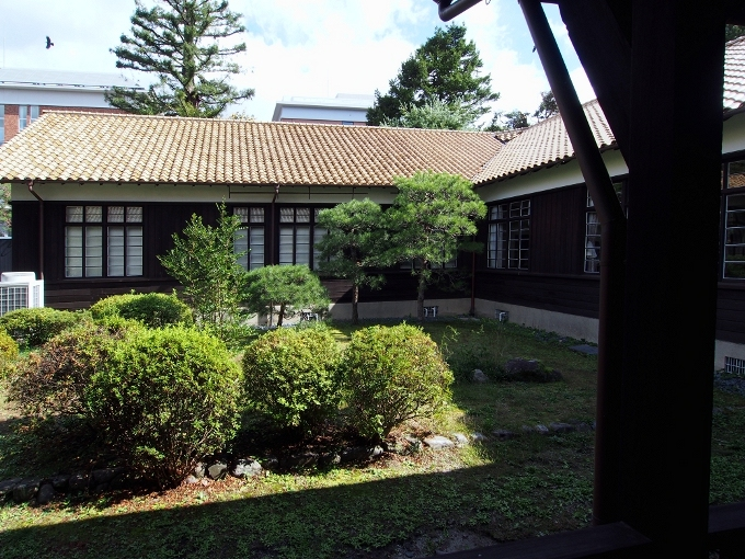 京都大学旧演習林事務室_f0116479_23361185.jpg