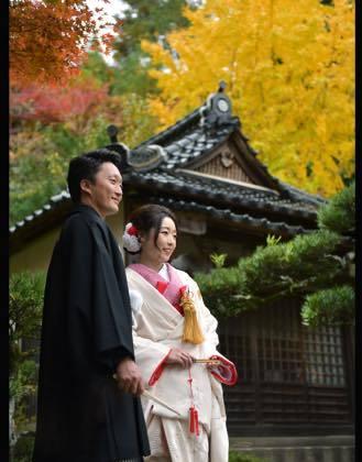 先日写真の仕上がりを取りに来られた新婚のお二人さん........_b0194185_18432802.jpg
