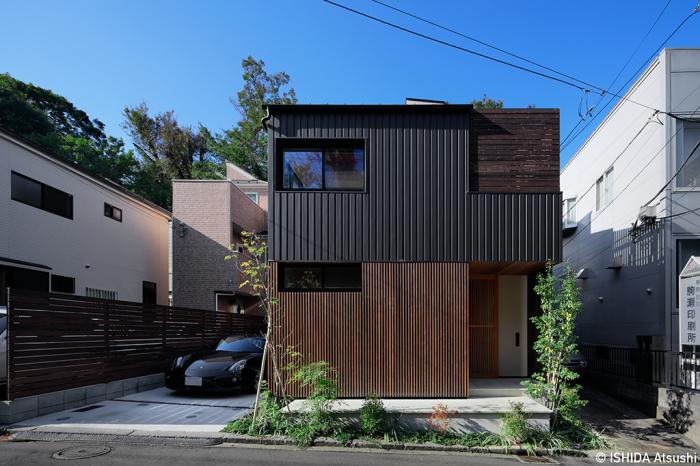 「野毛・格子の家」外観写真_b0061387_17091062.jpg