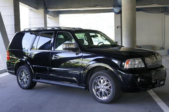 FOR SALE !! Lincoln Navigator_c0250233_17270775.jpg