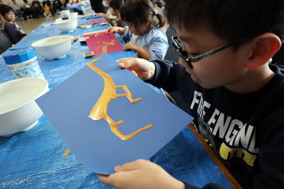 やと子ども美術教室 ~ 描き初め ~_e0222340_14323745.jpg