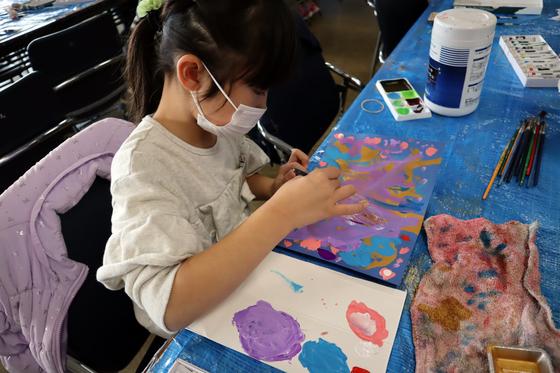 やと子ども美術教室 ~ 描き初め ~_e0222340_1440988.jpg