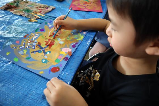 やと子ども美術教室 ~ 描き初め ~_e0222340_14412758.jpg