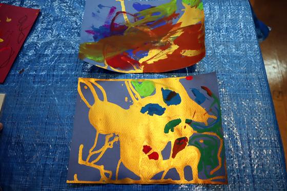 やと子ども美術教室 ~ 描き初め ~_e0222340_1444426.jpg