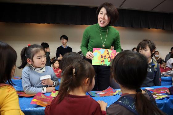 やと子ども美術教室 ~ 描き初め ~_e0222340_14484216.jpg