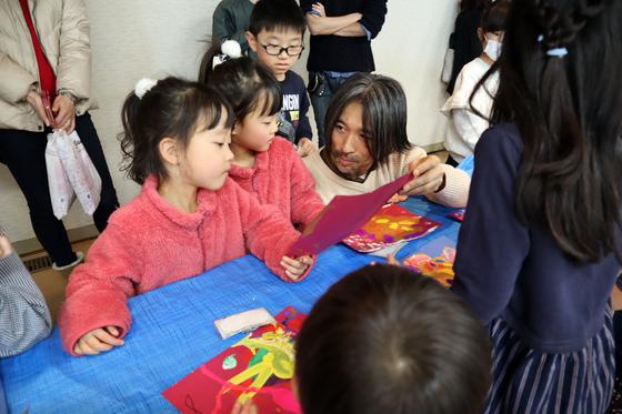 やと子ども美術教室 ~ 描き初め ~_e0222340_14522487.jpg
