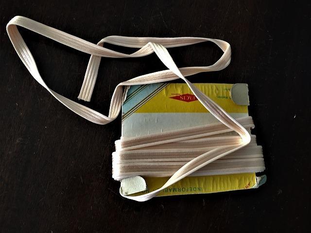ブレード、テープ、コード、リボン_f0112550_03242895.jpg