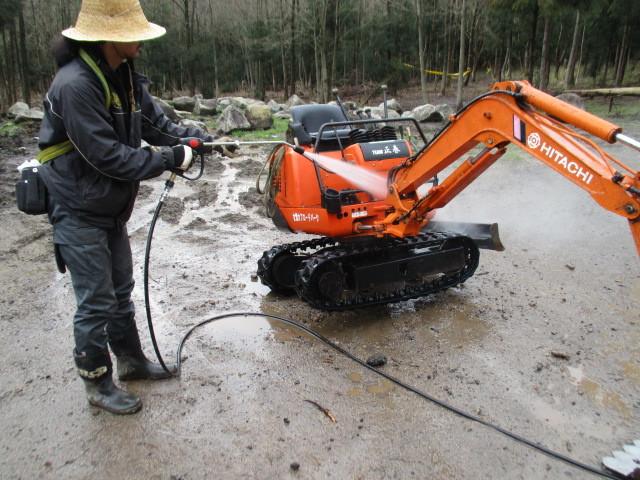洗車&コース整備_c0080863_17245960.jpg