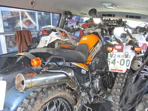 K木サン号 KTM DUKE200のオイル&ハンドル&グリップなどなど交換・・・(^^♪_c0086965_00315803.jpg