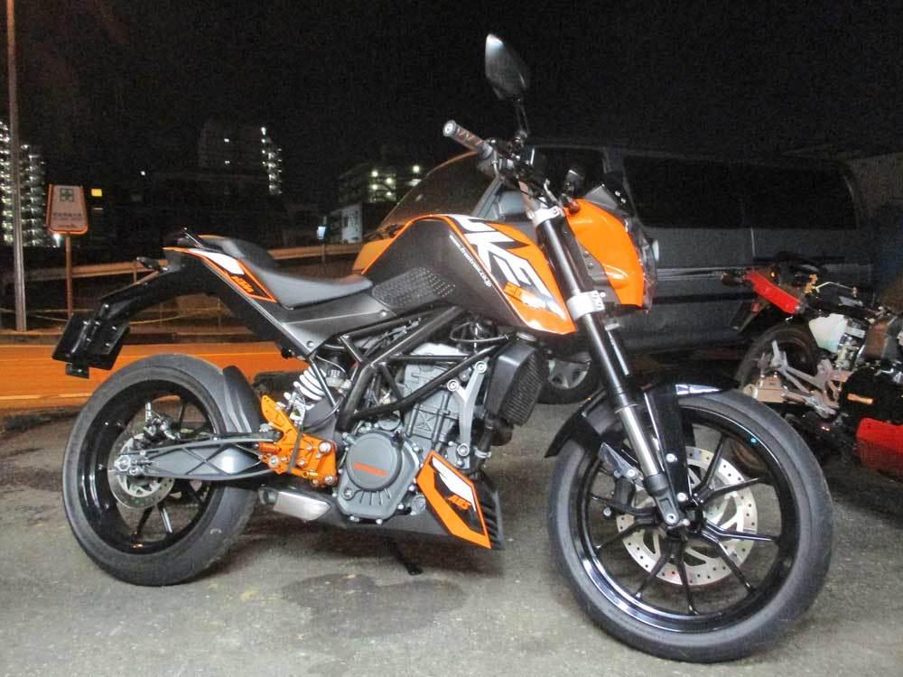 K木サン号 KTM DUKE200のオイル&ハンドル&グリップなどなど交換・・・(^^♪_c0086965_00360673.jpg