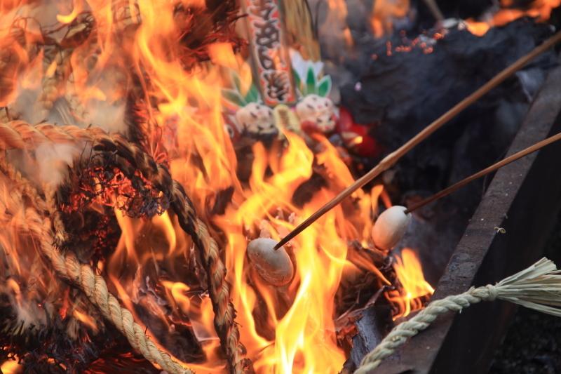 南部神社「墨付けどんと祭」_f0075075_16552445.jpg
