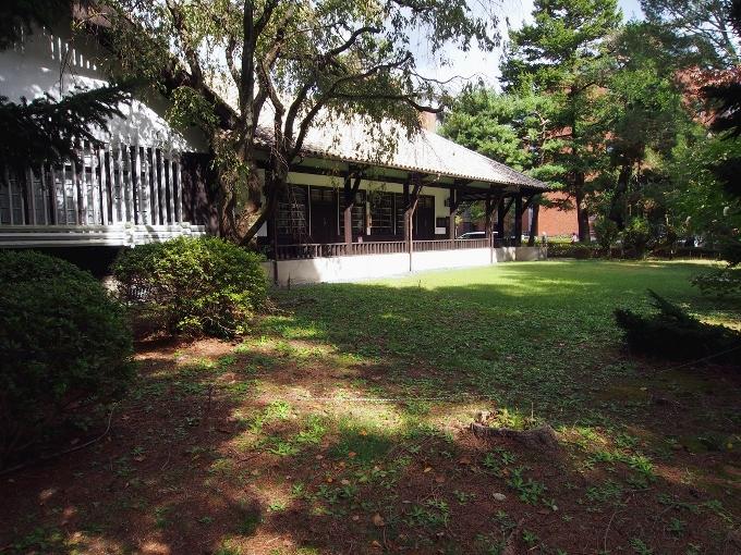 京都大学旧演習林事務室_f0116479_11241360.jpg