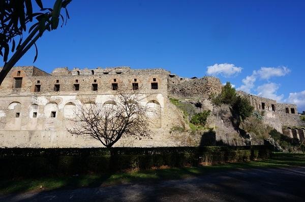 南イタリアに_e0365880_23532762.jpg