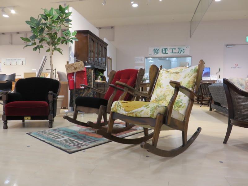 家具再生実例 カリモクコロニアル ロッキングチェア 富山県射水市S様_d0224984_12384079.jpeg