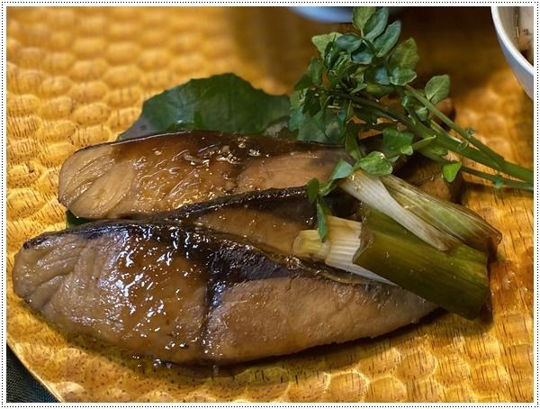 ピチピチ新鮮なモイカをいただいて、早速お刺身に~コリコリで美味しいお刺身で、家ごはんが豪華になったよ\(>∀<)/_b0175688_19473843.jpg