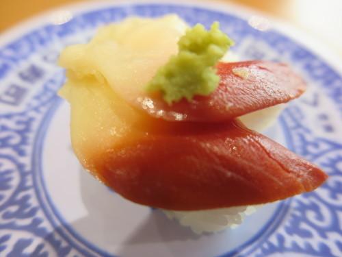 朝:トースト、おはぎ&味噌汁 昼:焼鳥ももタレ 夜:くら寿司の天丼_c0075701_18312414.jpg