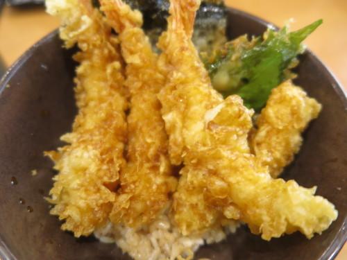 朝:トースト、おはぎ&味噌汁 昼:焼鳥ももタレ 夜:くら寿司の天丼_c0075701_18355187.jpg