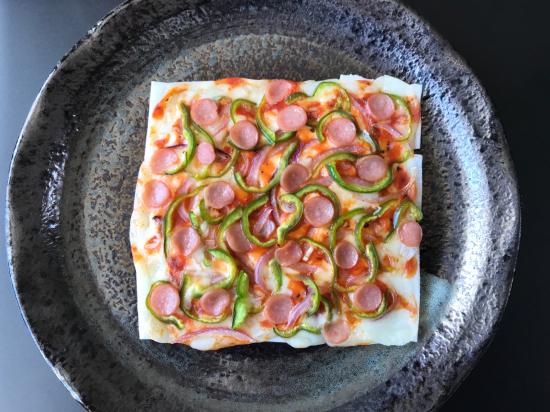スライス餅のピザ_e0264003_14440762.jpg