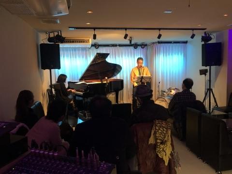 広島でジャズ Jazzlive Cominジャズライブカミン 本日13日は15時スタート 昼間のジャズライブです_b0115606_11094050.jpeg