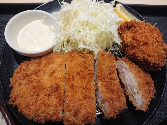 1/13 松のやル・シーニュ府中店 ロースかつ&カキフライ定食¥750_b0042308_20014185.jpg