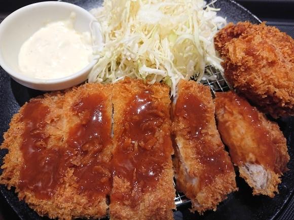 1/13 松のやル・シーニュ府中店 ロースかつ&カキフライ定食¥750_b0042308_20022026.jpg