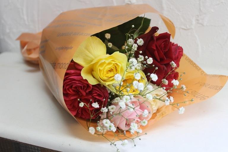 花束の贈り物_d0227610_11130530.jpg