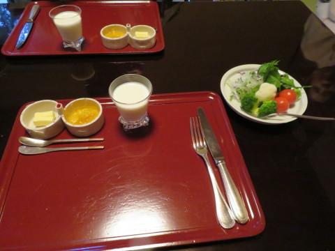 洋朝食。暁翠庵、俵屋旅館にお邪魔。_d0019916_15020180.jpg